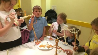 This looks like great fun at Children's Art Club